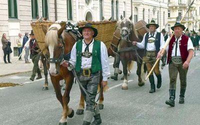 Samerberger bereichern Oktoberfestzug in München